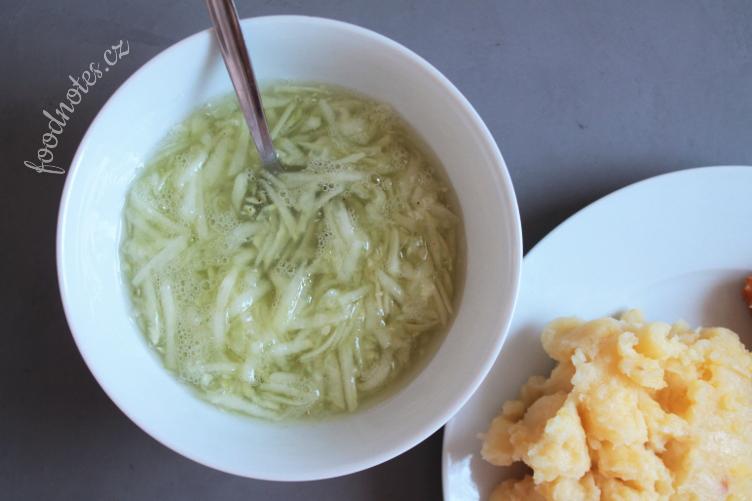 Klasický recept na okurkový salát
