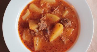 Skvělá domácí gulášová polévka