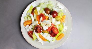 Jak udělat dobrý salát k obědu nebo večeři