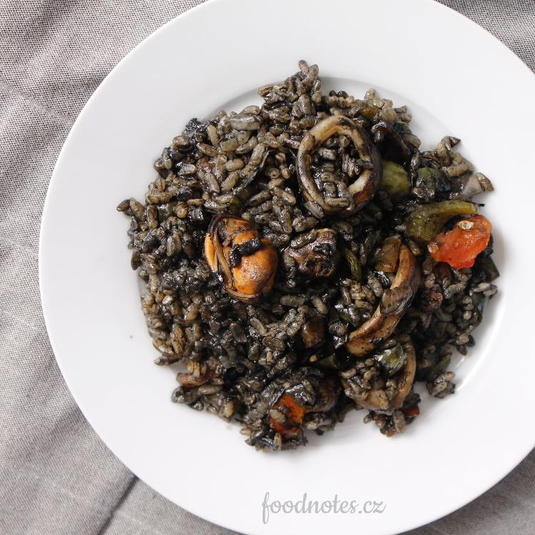 Španělská černá rýže aneb arroz negro, jednoduchý recept
