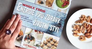 Recenze Whole Food - kuchařka od Elise Muselesové