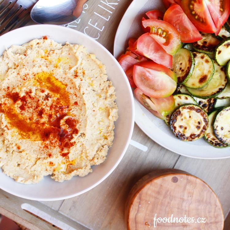 Jednoduchý recept na cizrnový hummus
