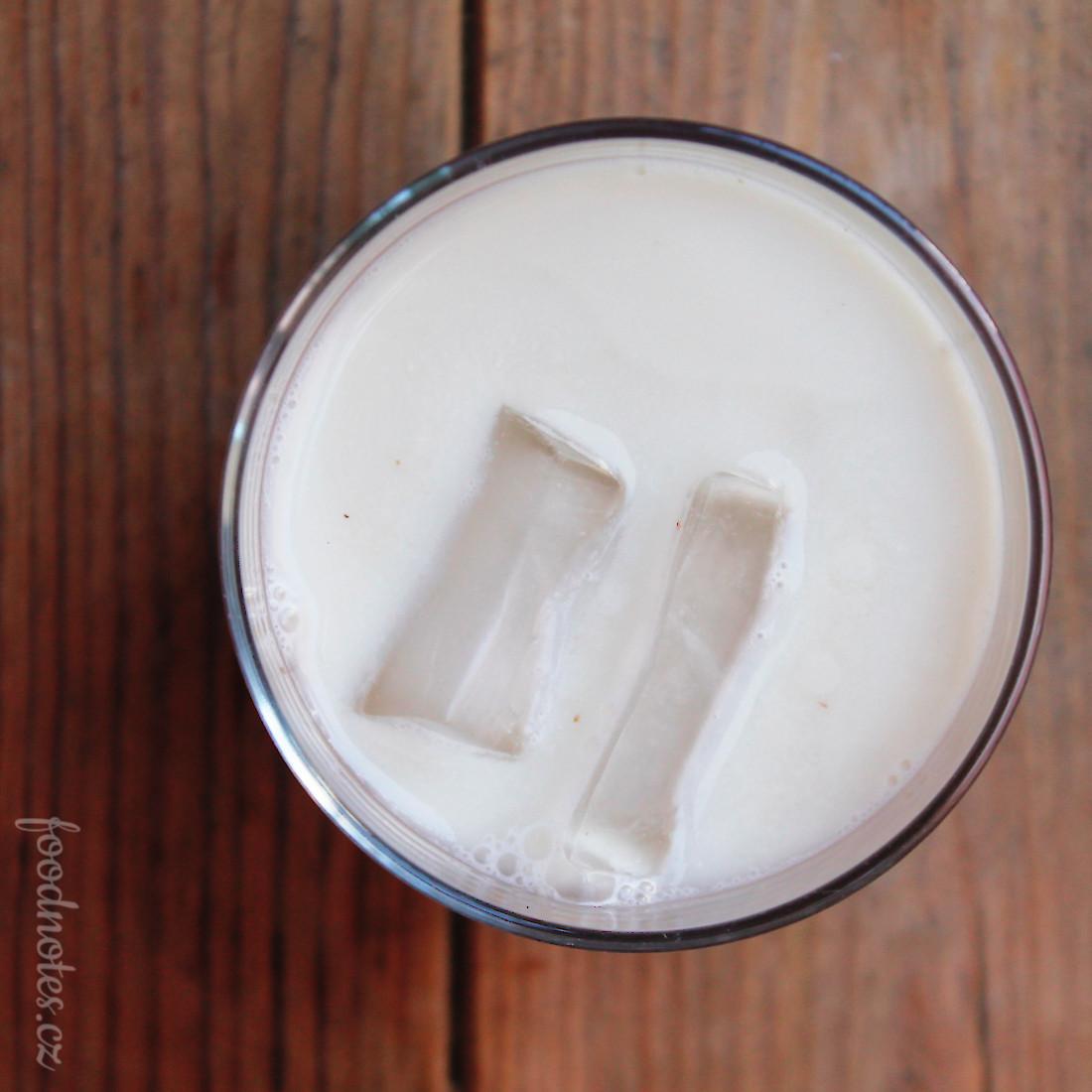 Rostlinné mléko z hlíz chufy - zemních mandlí - šáchoru jedlého