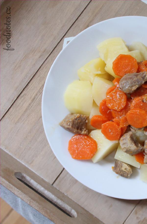 Recept na maso s mrkví, připravované v papiňáku