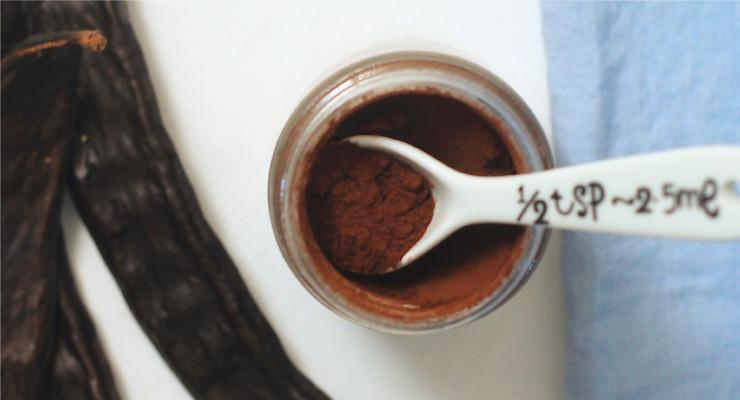 Karob, zdravá potravina a alternativa kakaa