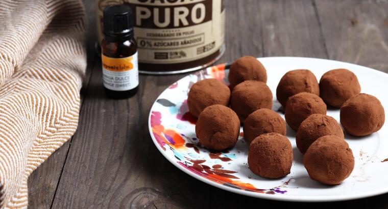 Recept na jednoduché čokoládové lanýže s pomerančovou příchutí