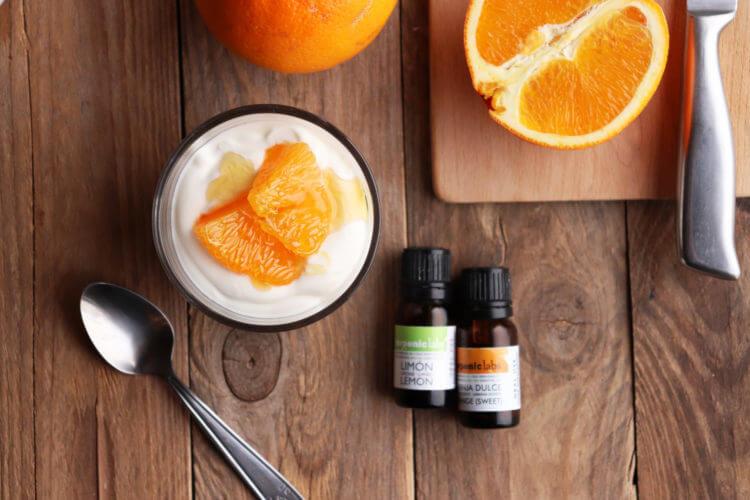 Jednoduchý recept na jogurtovou skleničku s chia vrstvou a citronovým a pomerančovým esenciálním olejem